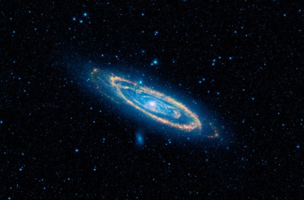 andromeda_galaxy_IR_WISE